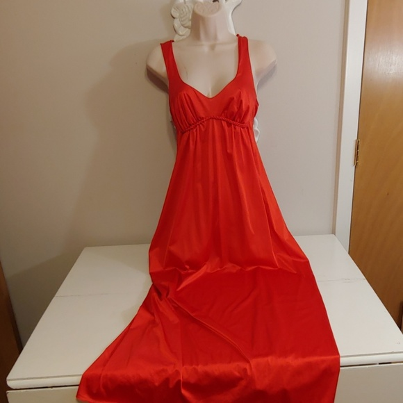 b08231a04ed5 Vintage 70s Vanity Fair red negligee nightgown. M_5d0068597a8173d6c69e7ba1